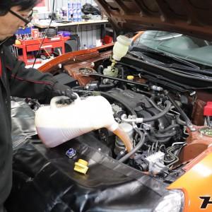 86(ZN6)エンジンオイル交換