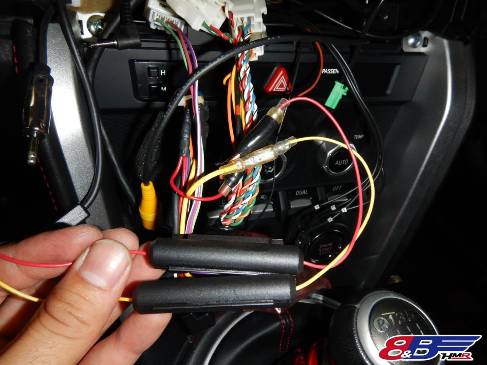 BRZドライブレコーダー取り付け
