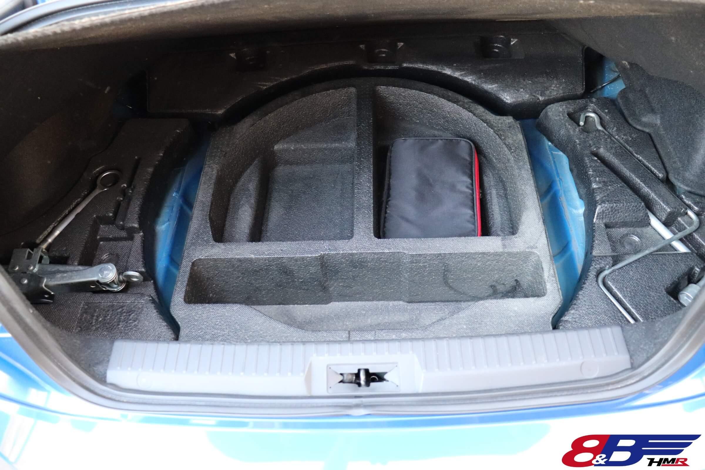 スバルBRZ(ZC6)車載工具