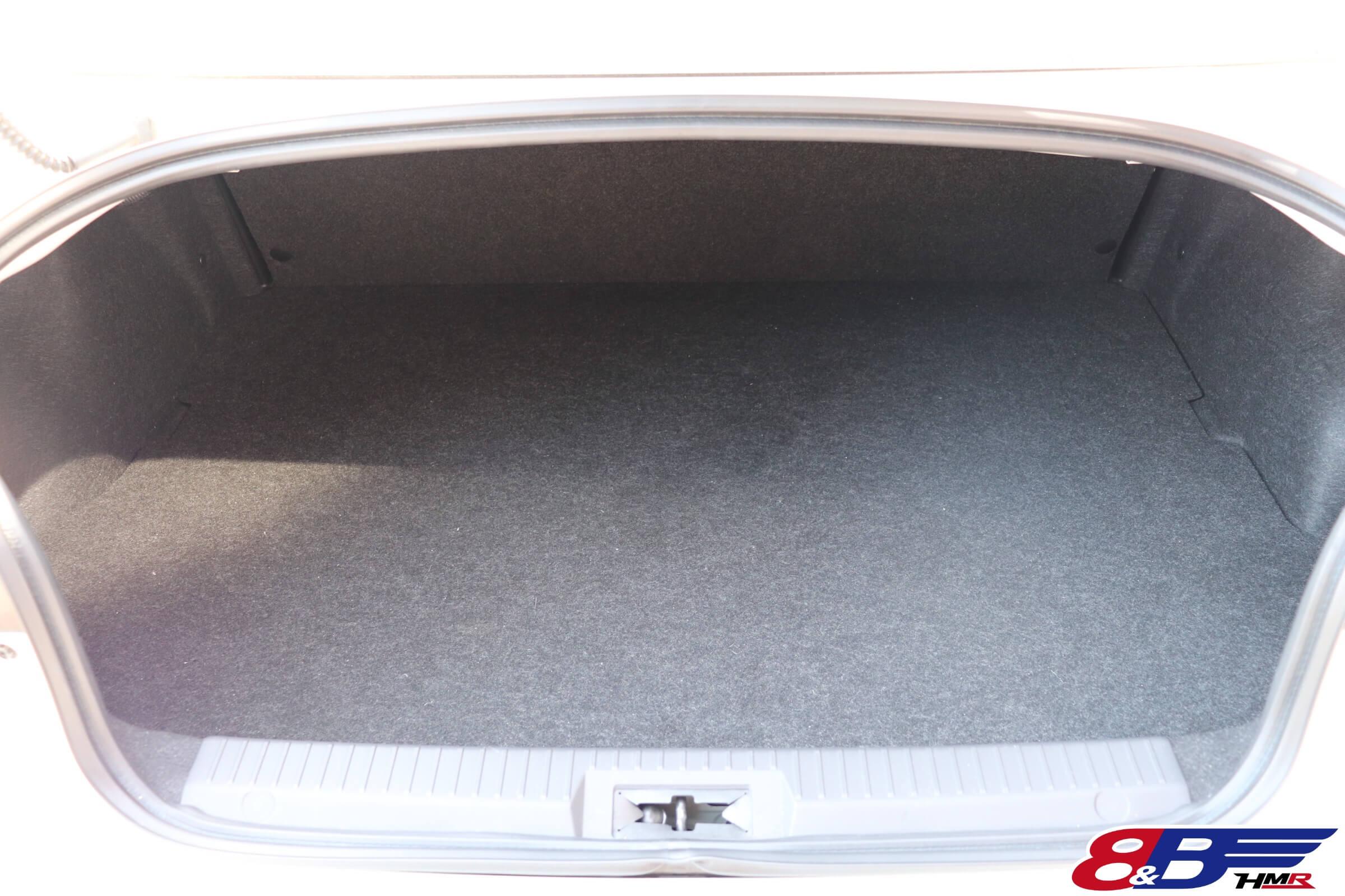 トヨタ86(ZN6)トランク