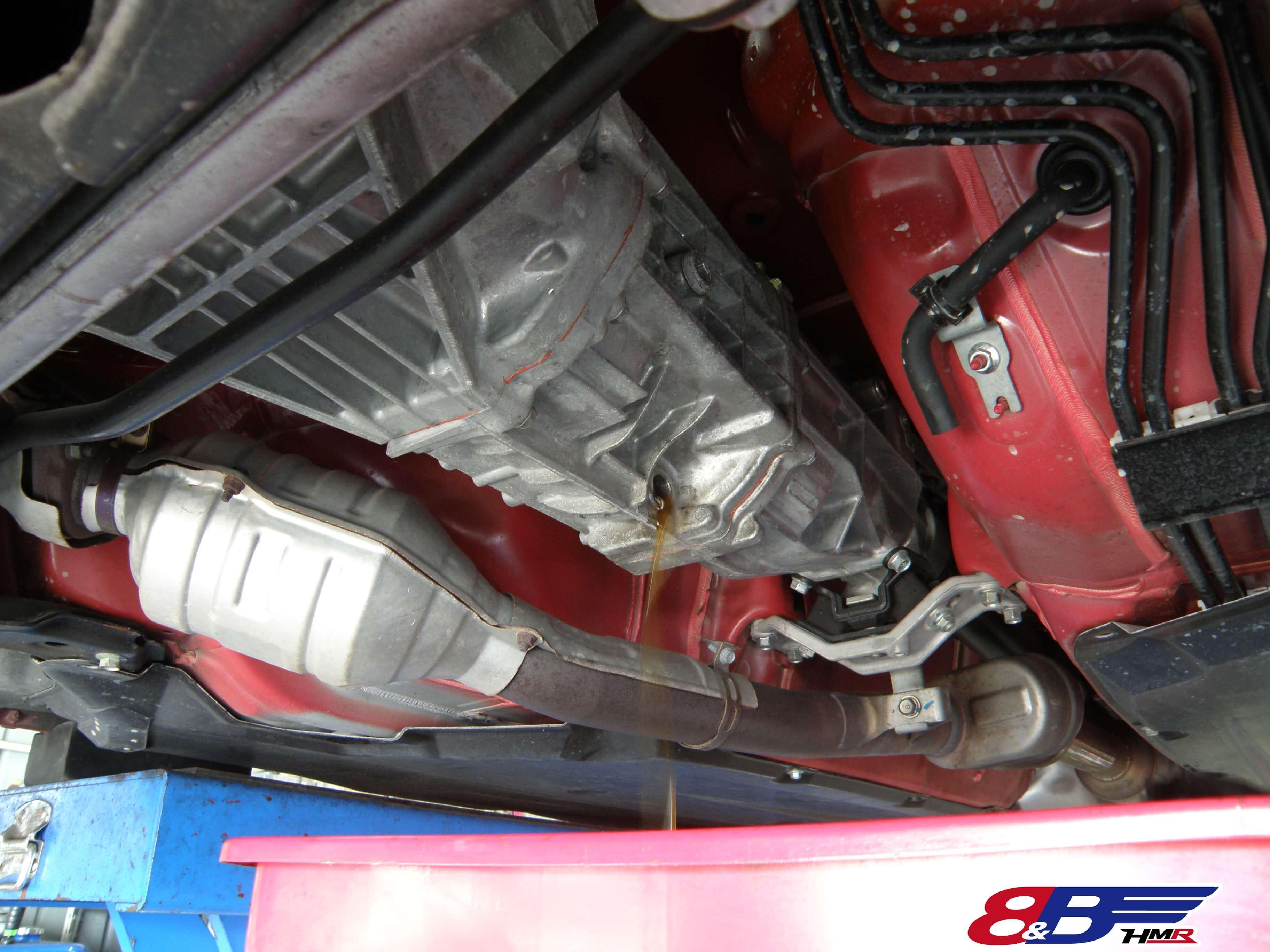 トヨタ 86 ZN6 トランスミッションオイル抜き取り