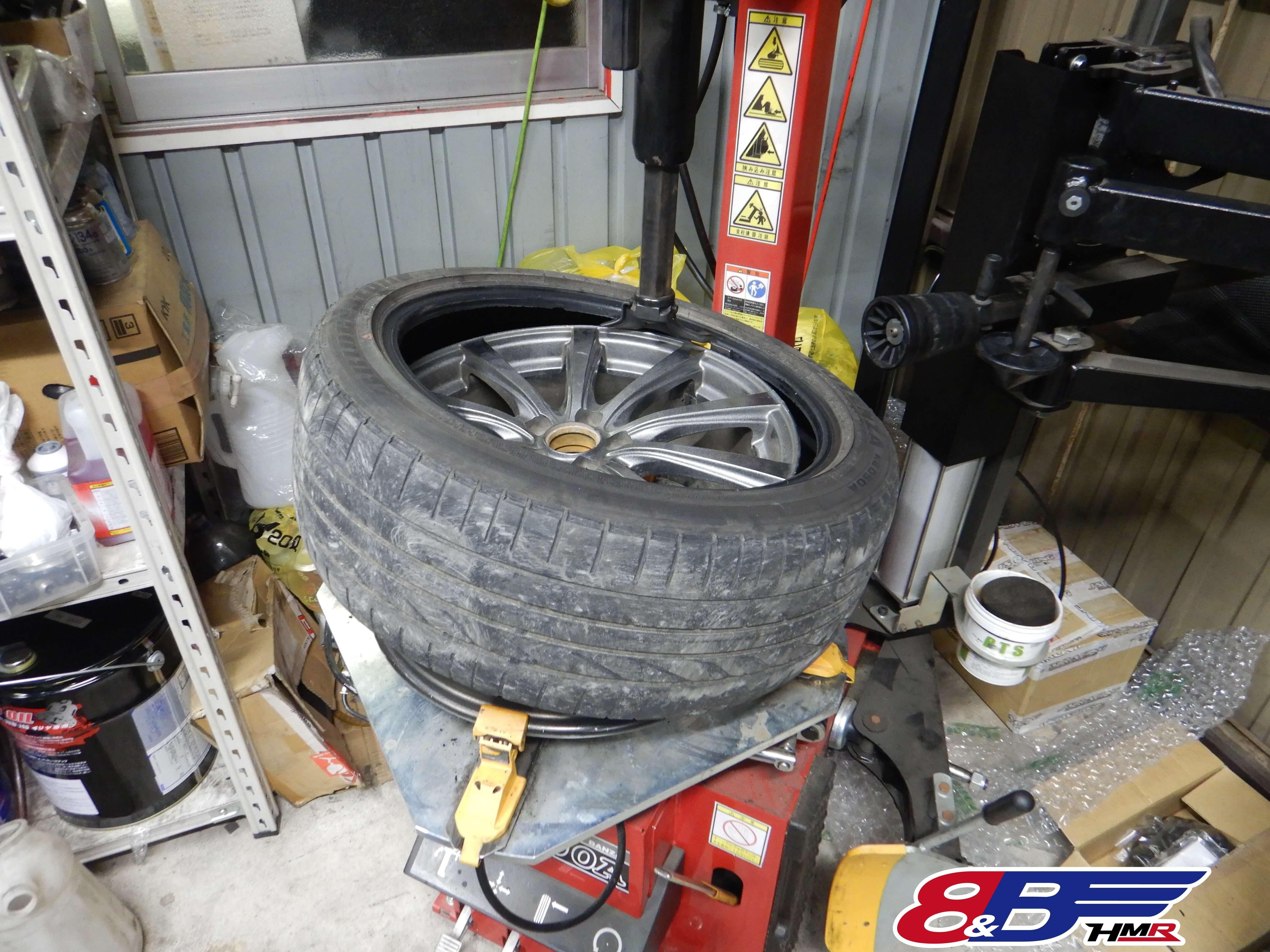 レガシィB4 BL5 タイヤ交換