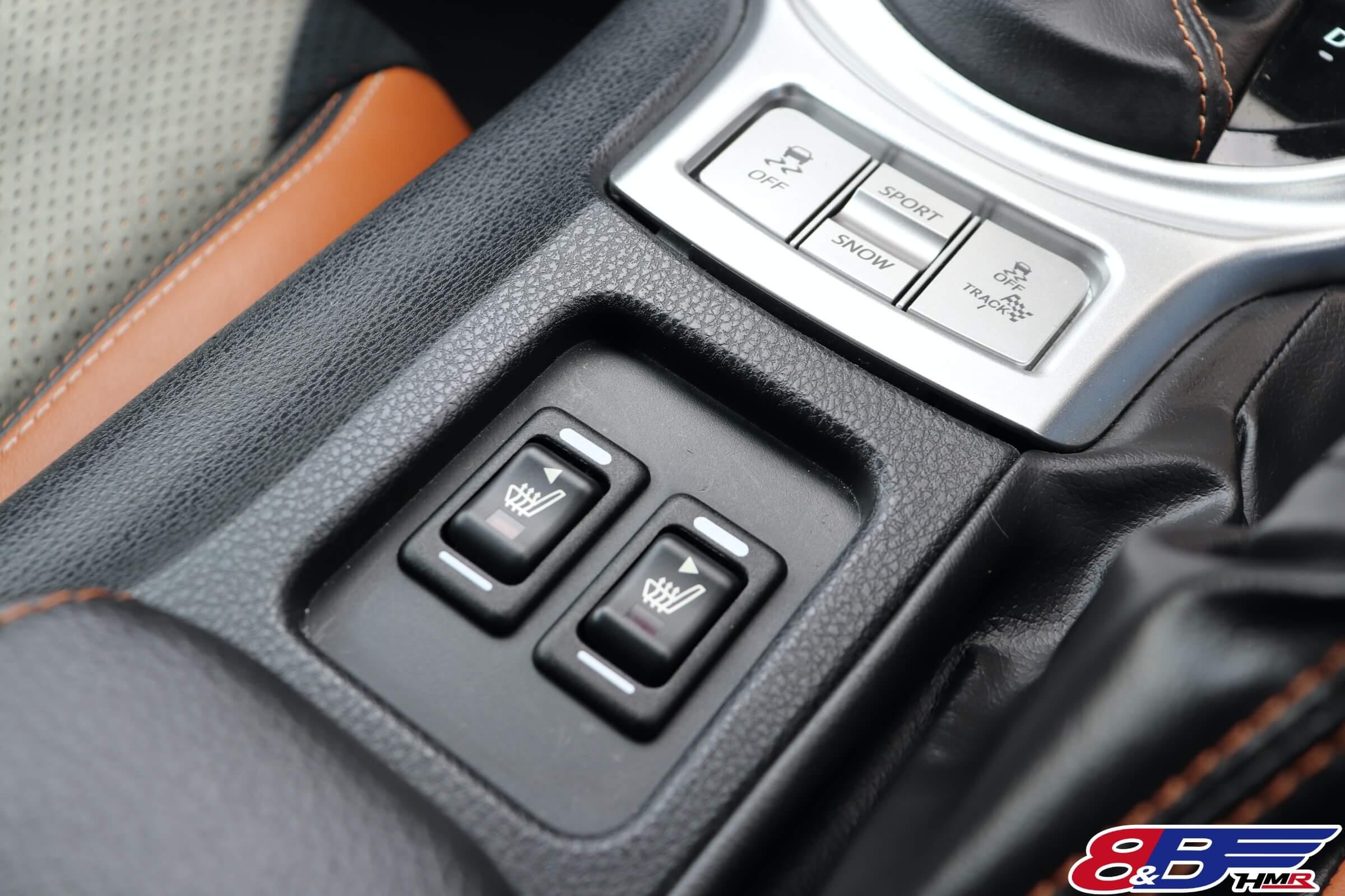 86GTリミテッドブラックパッケージ シートヒーター